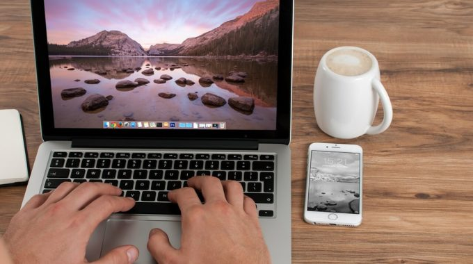 How to buy MacBook on EMI without Credit Card – Best Possible Ways